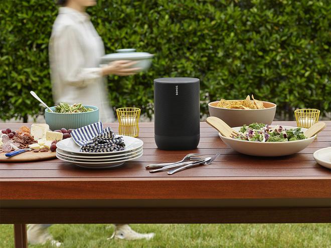 Sonos MOVE w ogrodzie